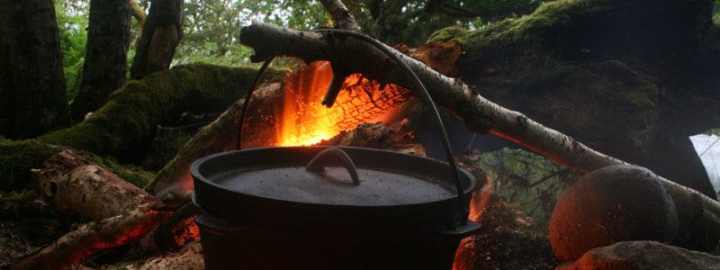 Campfire Cast Iron Pot Cooking, Dutch Oven